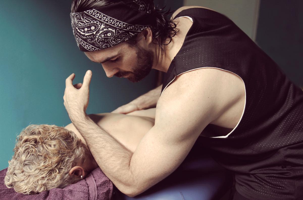 Ka Huna Massage with Gavin Hodges
