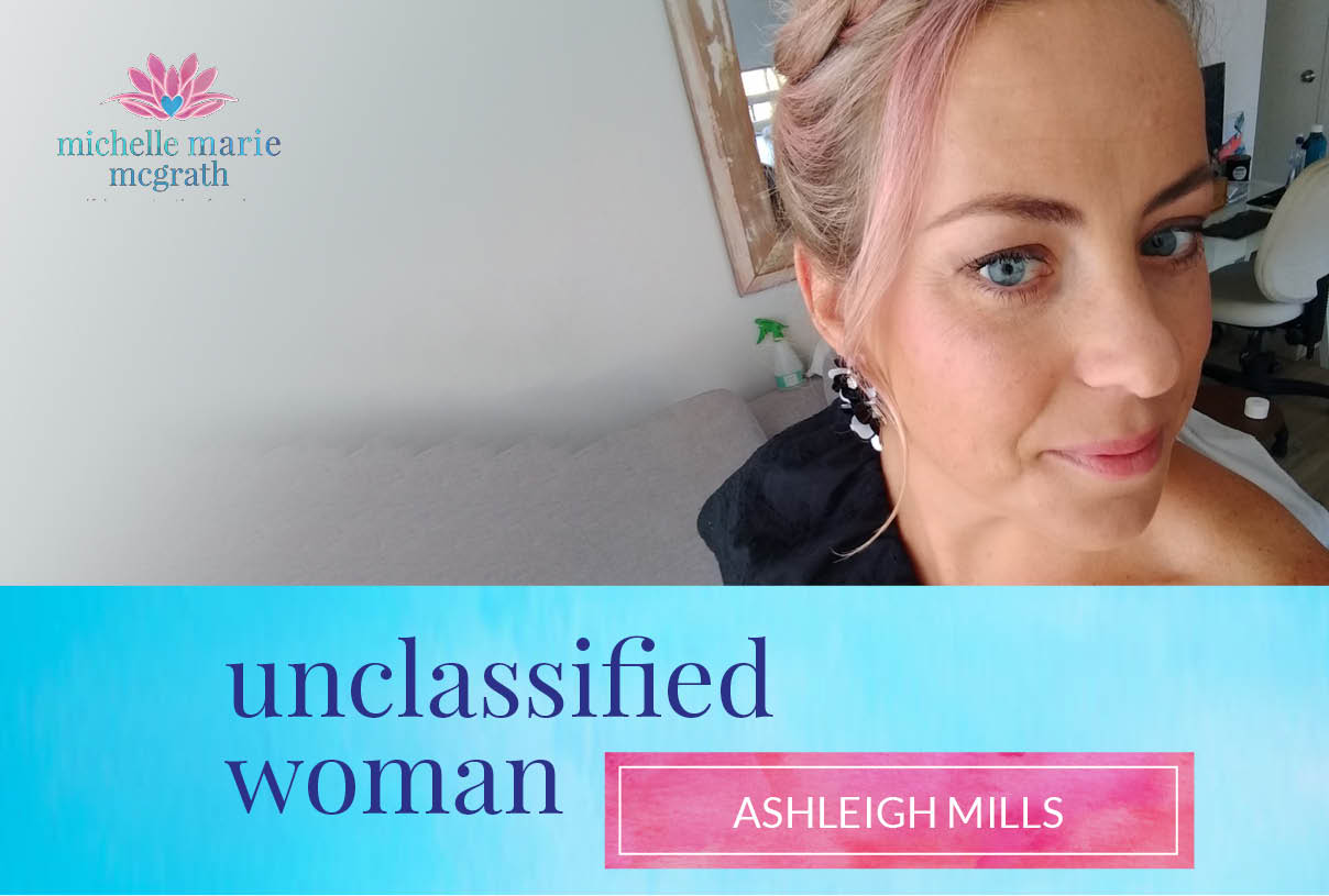 28: A Life of Adventure & Travel with Ashleigh Mills
